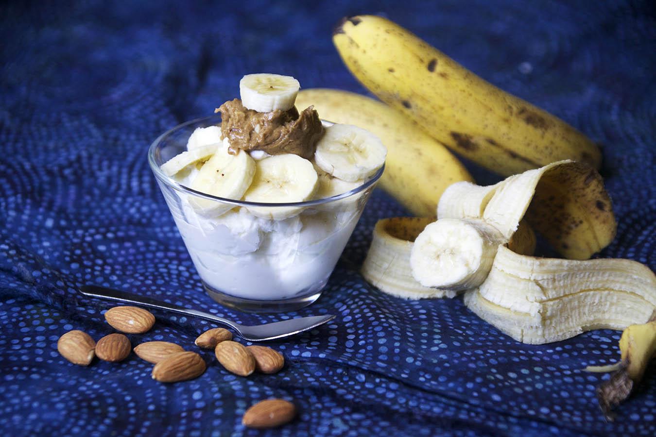 перекус на роботу з йогуртом